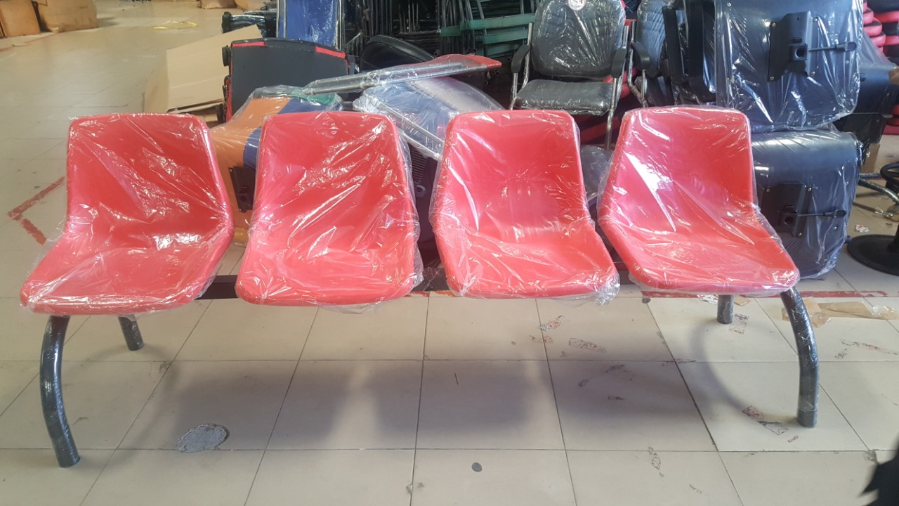 Ghế băng chờ mặt nhựa 4 chỗ tg6704