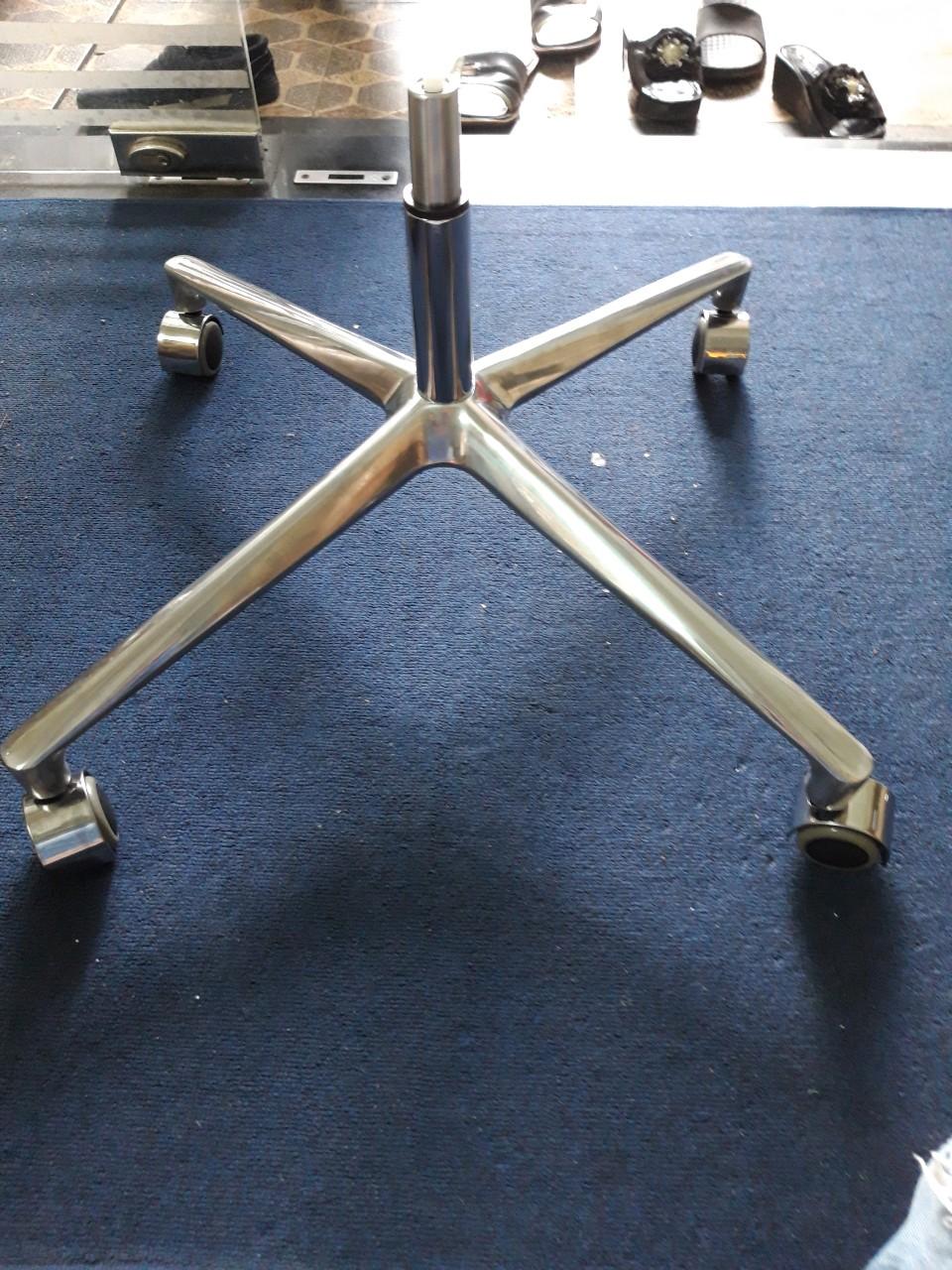 Bộ chân nhôm, ống hơi, bánh xe ghế xoay tg9129